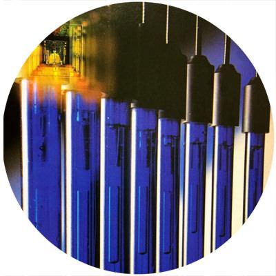 1988 - Primul electrod de pH pre-amplificat din lume