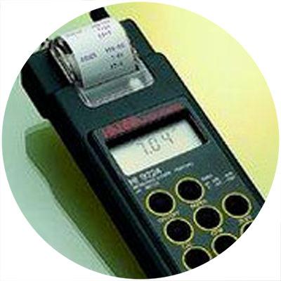 1992 - Primul pH-metru portabil din lume cu imprimantă