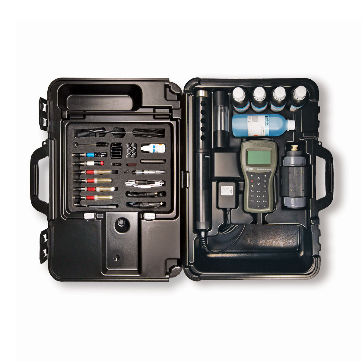 HI9829 multiparameter pH meter (in carrying case)